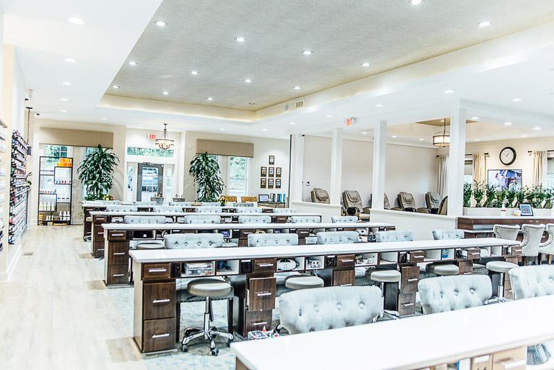 Nail and Spa 45243 | Deluxe Nail Salon & Spa of Cincinnati ...